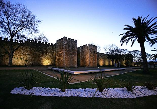 l_frente_muralhas_castelo_governadores-8