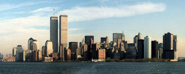 800px-Lower_Manhattan_Skyline_December_1991_3_cropped